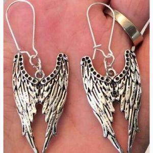 💜JUST IN💜Angel Wing Earrings